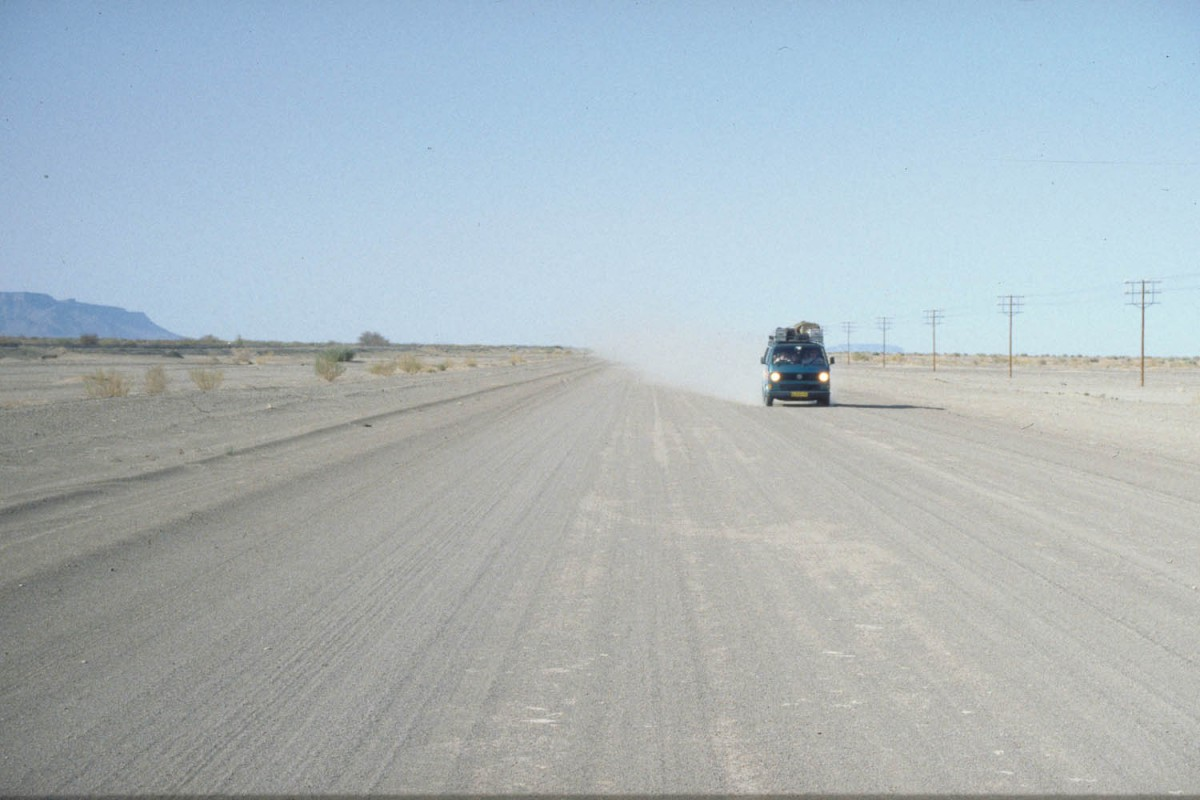 gravel road near Keetmanshoop: oncoming traffic is clearly visible!