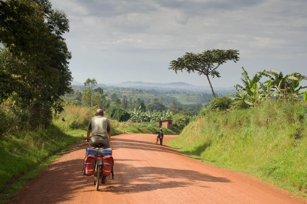 dirt road, Uganda