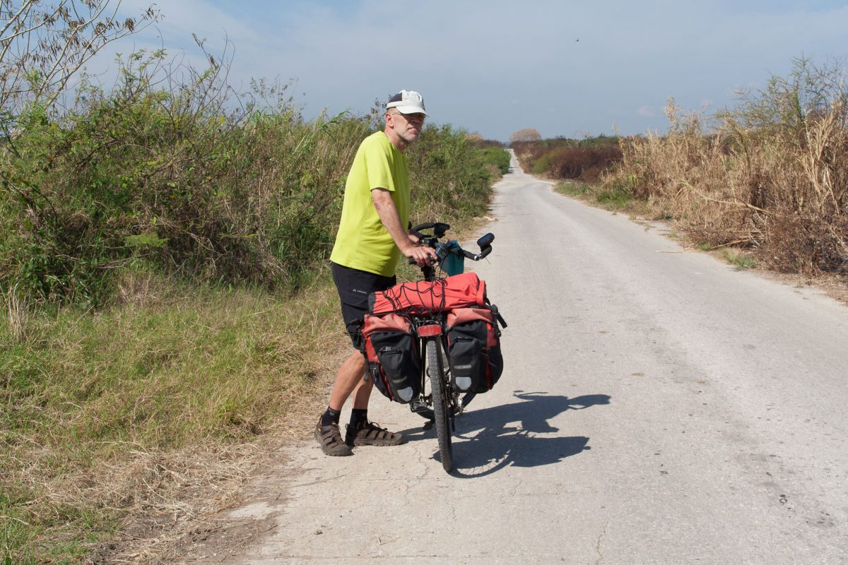 the less used road from Havana to Mariel